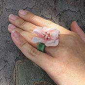 Украшения ручной работы. Ярмарка Мастеров - ручная работа Кольцо коктельное нежно розовле лэмпворк. Handmade.