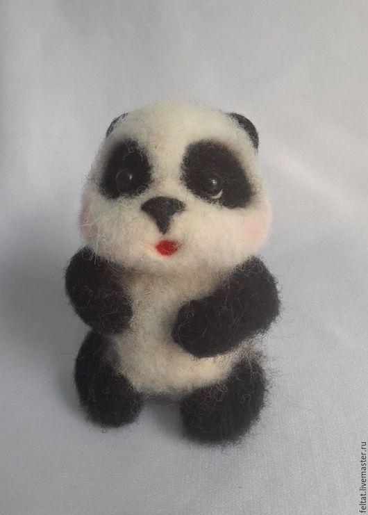 """Игрушки животные, ручной работы. Ярмарка Мастеров - ручная работа. Купить Панда """"Стёпа"""".. Handmade. Чёрно-белый, бусины"""