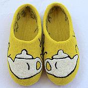 """Обувь ручной работы. Ярмарка Мастеров - ручная работа Домашние тапочки """"Английский для чайников"""". Handmade."""