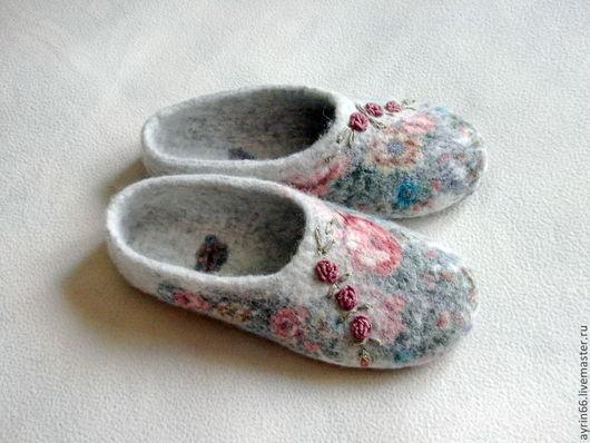 """Обувь ручной работы. Ярмарка Мастеров - ручная работа. Купить Тапочки """"Алевтина"""". Handmade. Обувь ручной работы, павловопосадский платок"""
