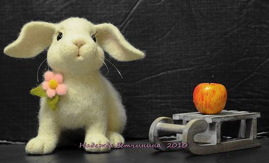 Игрушки животные, ручной работы. Ярмарка Мастеров - ручная работа. Купить Крольчонок. Handmade. Игрушки из войлока, зайчик, зайка, кролик