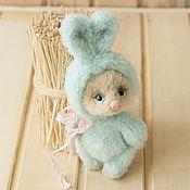 Куклы и игрушки ручной работы. Ярмарка Мастеров - ручная работа Кнопочка, зайка которая не зайка. Handmade.