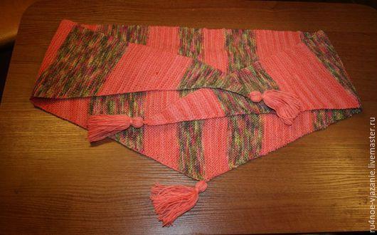 """Шали, палантины ручной работы. Ярмарка Мастеров - ручная работа. Купить Мини шаль """" Земляничная поляна"""" ручная вязка на спицах. Handmade."""