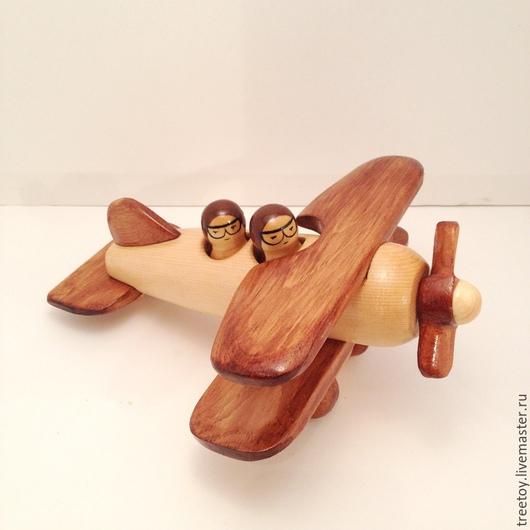 Техника ручной работы. Ярмарка Мастеров - ручная работа. Купить Самолет с двумя пилотами №2. Handmade. Коричневый, деревянная игрушка