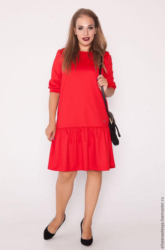 Платья ручной работы. Ярмарка Мастеров - ручная работа. Купить Красное платье с воланом  28003-1. Handmade. Платье из трикотажа