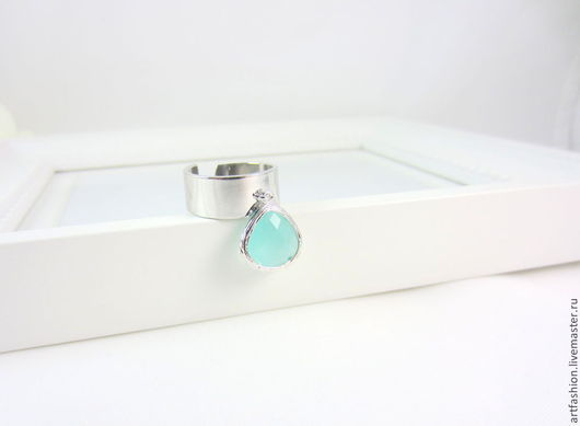 Кольцо от Марии Гербст `Mint`. Кольцо авторское серебряное `Mint` с подвеской. Кольцо серебряное с камнем-подвеской `Mint`