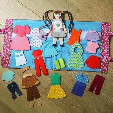 Куклы и игрушки ручной работы. Ярмарка Мастеров - ручная работа Фетровая кукла с нарядами. Handmade.