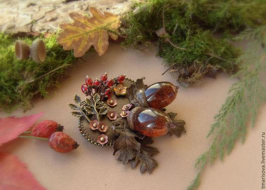 """Броши ручной работы. Ярмарка Мастеров - ручная работа. Купить Брошь """"Осенняя пора"""". Handmade. Коричневый, украшение осенью, лес"""