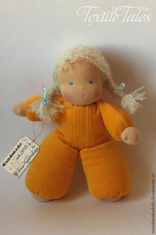 Вальдорфская игрушка ручной работы. Ярмарка Мастеров - ручная работа. Купить Малышка-пушишка 2, вальдорфская кукла в пришивном комбинезоне. Handmade.