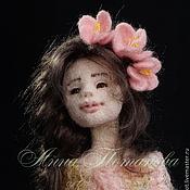 Куклы и игрушки ручной работы. Ярмарка Мастеров - ручная работа Авторская войлочная кукла Цвет вишни. Handmade.