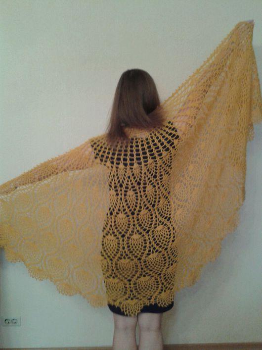 """Шали, палантины ручной работы. Ярмарка Мастеров - ручная работа. Купить Шаль """"Солнечная"""", шаль-накидка, шаль ажурная, шаль вязаная. Handmade."""