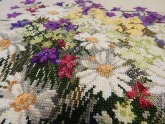 """Картины цветов ручной работы. Ярмарка Мастеров - ручная работа. Купить """"Полевые цветы"""" вышитая картина. Handmade. Полевые цветы"""