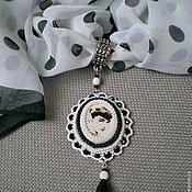 """Украшения ручной работы. Ярмарка Мастеров - ручная работа Кулон на шарфе """"Моя прекрасная леди"""". Handmade."""