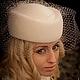 """Шляпка - таблетка с вуалью """"Свадьба в канун Нового года"""", материал велюр, цвет айвори (слоновая кость), вуаль. Нежная шляпка в стиле 40-50х, украсит невесту ."""
