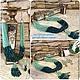 Авторские украшения дизайнера Светланы Молодых комплект колье браслет длинные серьги с камнями многослойные много рядные украшения под Изумруд зеленого цвета купить в интернете фото
