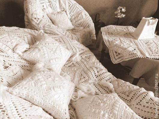 """Текстиль, ковры ручной работы. Ярмарка Мастеров - ручная работа. Купить Набор - плед, наволочки, скатерть, """"Вязаный интерьер"""". Handmade."""
