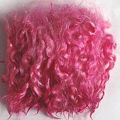 Волосы для кукол ручной работы. Ярмарка Мастеров - ручная работа Локоны,волосы,пряди  для кукол- натуральная козья шерсть  -розовые. Handmade.