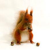 Войлочная игрушка ручной работы. Ярмарка Мастеров - ручная работа Белка ХРУМКА. Handmade.