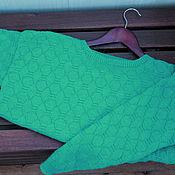 Одежда ручной работы. Ярмарка Мастеров - ручная работа Вязаный свитер изумрудного цвета. Handmade.