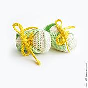 Работы для детей, handmade. Livemaster - original item booties shoes, knitted shoes, cream, light green, yellow. Handmade.