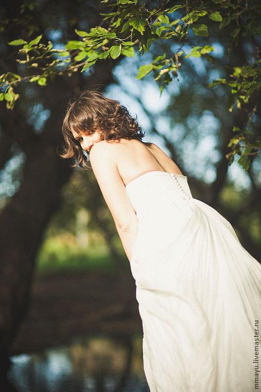 Платья ручной работы. Ярмарка Мастеров - ручная работа. Купить Свадебное платье для романтичной невесты. Handmade. Однотонный, вискоза