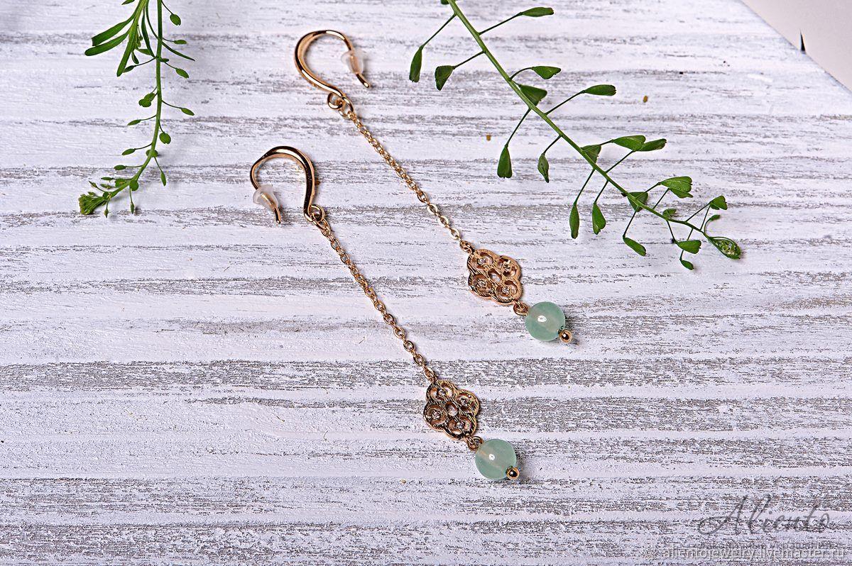 Long earrings in Oriental style