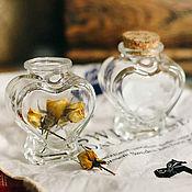 Материалы для творчества ручной работы. Ярмарка Мастеров - ручная работа Стеклянная баночка в форме сердца с пробкой 5,5 на 4 на 8 см. Handmade.