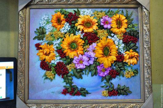 Картины цветов ручной работы. Ярмарка Мастеров - ручная работа. Купить подсолнухи с рябиной. Handmade. Рыжий, Вышивка лентами, подарок
