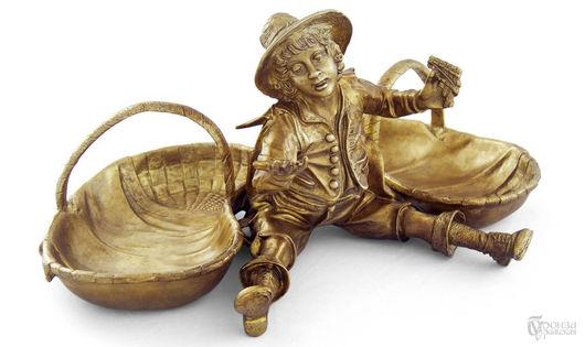 Элементы интерьера ручной работы. Ярмарка Мастеров - ручная работа. Купить Мальчик с корзинами. Handmade. Ваза, скульптурная миниатюра, бронза