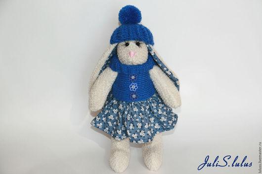 Зайка станет интересным подарком, а также украшением интерьера или игрушкой для вашего ребенка!