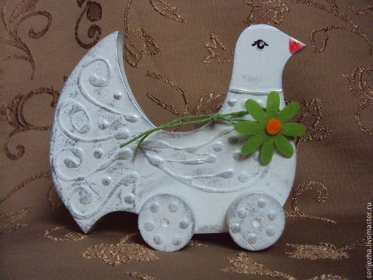 Голубь-каталка, деревянная игрушка ручной работы , декорированная