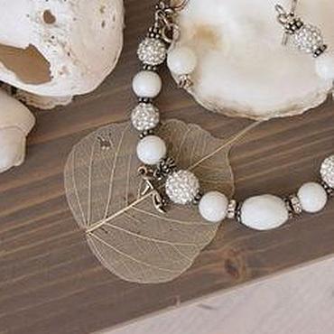Свадебный салон ручной работы. Ярмарка Мастеров - ручная работа Браслет белый Seashell из агата, из коралла. Handmade.