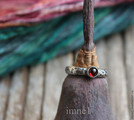 """Кольца ручной работы. Ярмарка Мастеров - ручная работа. Купить Кольцо """"Гномья работа"""". Handmade. Серебряный, кольцо с гранатом, гномы"""
