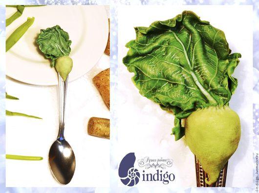 Вкусная, витаминная ложечка `Редька` ручной работы, декорированная полимерной глиной