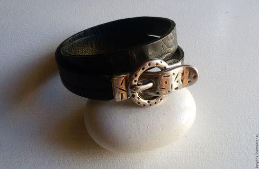 Браслеты ручной работы. Ярмарка Мастеров - ручная работа. Купить Кожаный браслет-намотка с магнитной пряжкой. Handmade. Синий, украшение