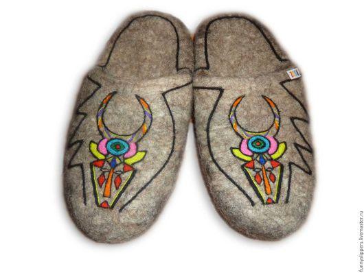 """Обувь ручной работы. Ярмарка Мастеров - ручная работа. Купить Валяные тапочки """"Козерог"""". Handmade. Валяные тапочки мужские"""