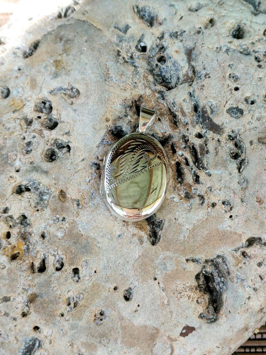 Серебряный медальон, Подвески, Ялта, Фото №1