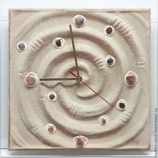 """Часы для дома ручной работы. Ярмарка Мастеров - ручная работа. Купить """"ГАЛАКТИКА"""" из песка авторские часы. Handmade. Бежевый, спираль"""