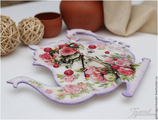 """Часы для дома ручной работы. Ярмарка Мастеров - ручная работа. Купить часы """"Чайничек"""". Handmade. Розовый, Декупаж, чай, фанера"""