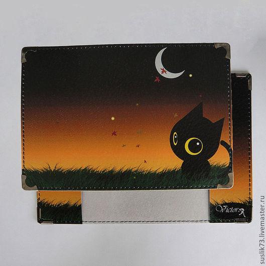 """Обложки ручной работы. Ярмарка Мастеров - ручная работа. Купить обложка для паспорта """"Котёнок в ночи"""". Handmade. Подарок, обложка на паспорт"""