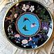 Парные тарелки клуазоне «Бабочки».Япония, конец 19 века, горячая перегородчатая эмаль (клуазоне). Диаметр – 30 см