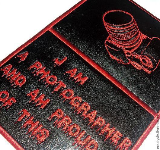"""Обложки ручной работы. Ярмарка Мастеров - ручная работа. Купить Обложка для паспорта """"Фотографу"""". Handmade. Обложка, обложка для документов, презент"""