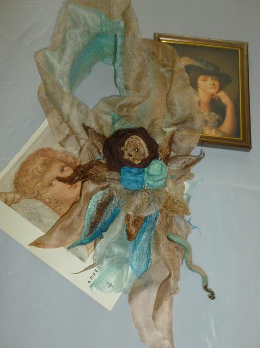 Шарфы и шарфики ручной работы. Ярмарка Мастеров - ручная работа. Купить шарф-цветок валяный Рококо. Апрель. Handmade. Бежевый
