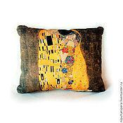 Для дома и интерьера ручной работы. Ярмарка Мастеров - ручная работа КЛИМТ. ПОЦЕЛУЙ подушка декоративная, интерьерная, стильная. Handmade.