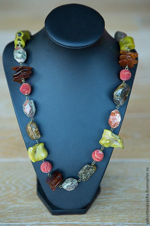 """Колье, бусы ручной работы. Ярмарка Мастеров - ручная работа. Купить """"Этот остров необитаем..."""", бусы из натуральных камней. Handmade."""