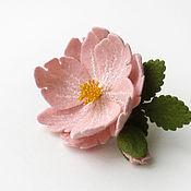 Украшения ручной работы. Ярмарка Мастеров - ручная работа Брошь из шерсти «Розовый цветок». Handmade.