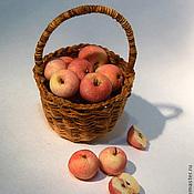 Куклы и игрушки ручной работы. Ярмарка Мастеров - ручная работа Корзинка с фруктами или овощами. Handmade.