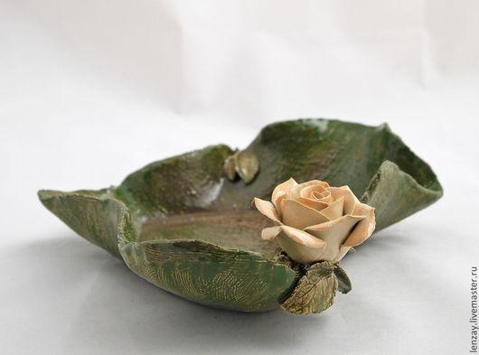 Пиала `Роза и сердце`. Керамические цветы Елены Зайченко