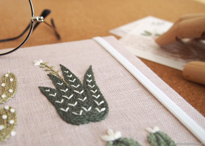 Блокнот Succulents (лён, вышивка, крафт бумага, формат А5), Блокноты, Краснодар,  Фото №1