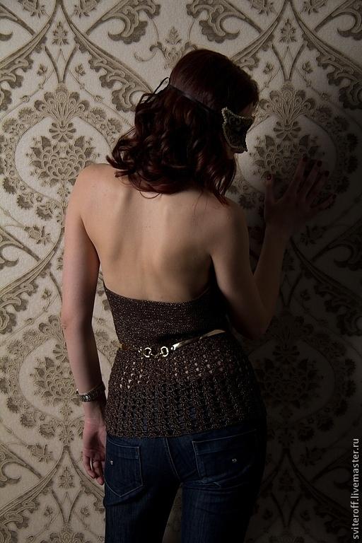 Вязаный красивый топ ручной работы с золотой нитью `Королева бала` от Sviteroff